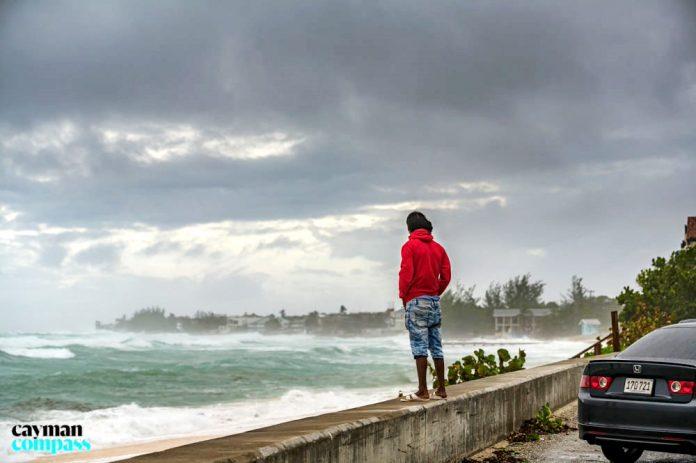 Warmer weather to extend hurricane season