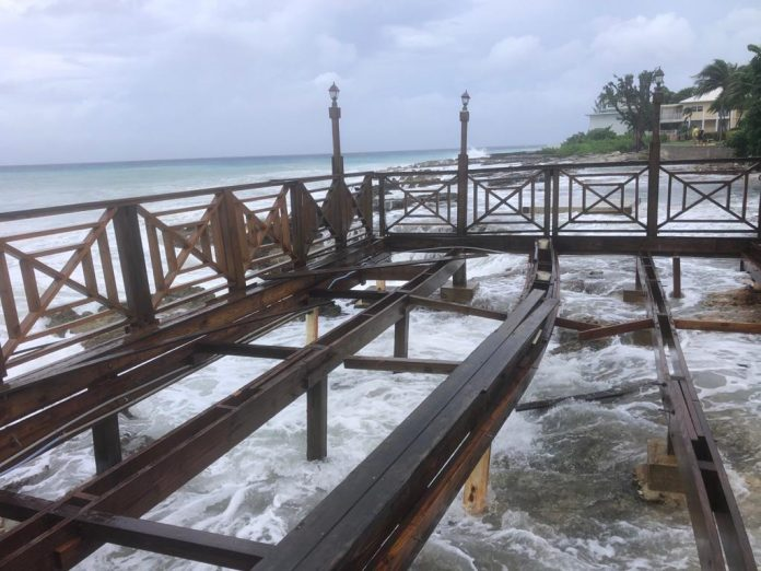 Business owners assess Hurricane Delta damage