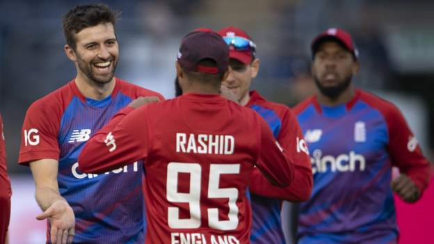 England v Sri Lanka: Hosts wrap up T20 series with five-wicket win