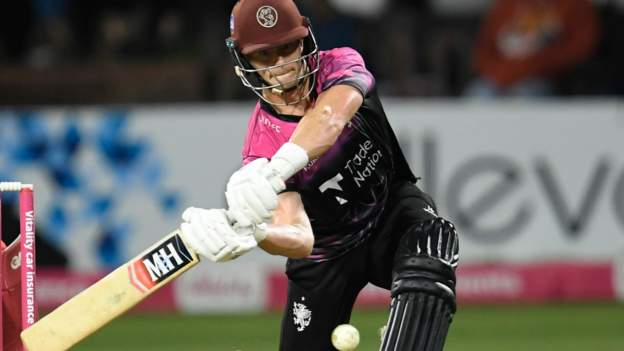 T20 Blast: Tom Abell's 78 not out takes Somerset past Lancashire Lightning in quarter-final