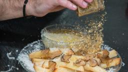 New York City restaurant Serendipity unveils $200 french fries