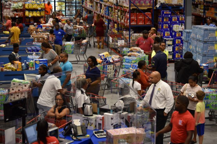 Shoppers flock to stores following tropical storm warning