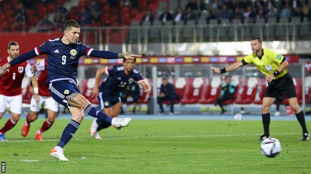 Lyndon Dykes' second goal in two games gave Scotland the lead
