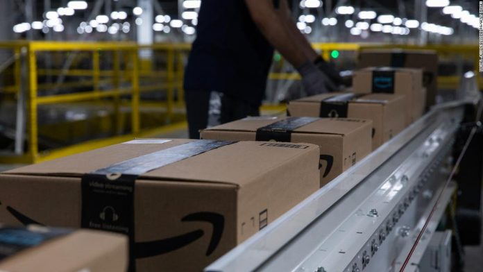 Amazon offers to pay college tuition for most US workers